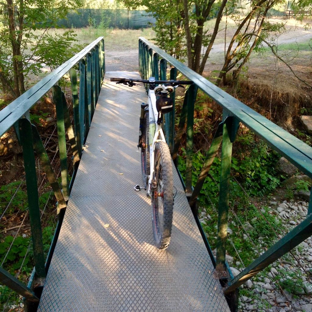bike +  bridge pics-img_9533.jpg