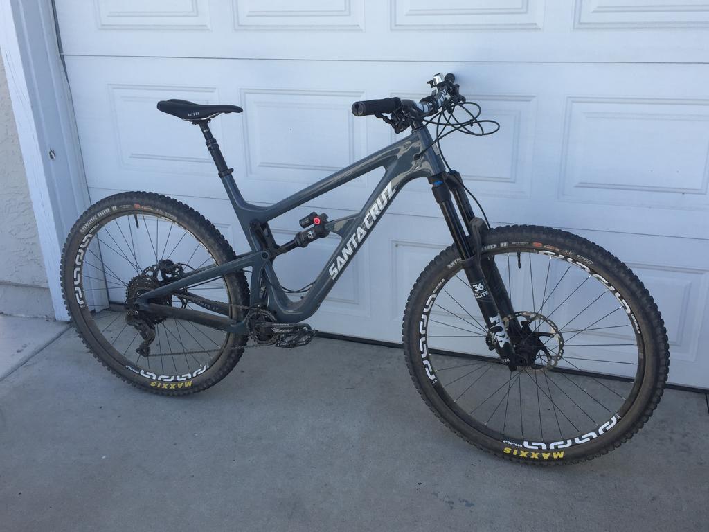 Hightower LT Build Log:  Big Boy Bike!-img_9876.jpg