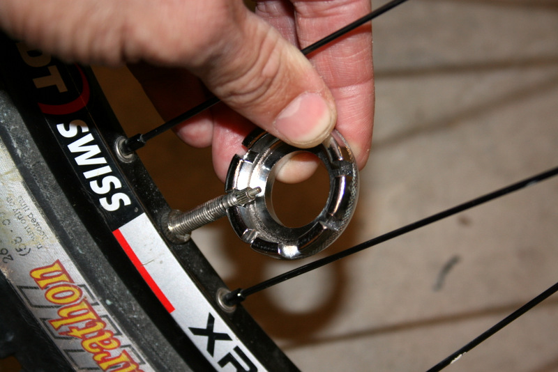Bike Tire Valve Cap Presta Valve Nut Tires Nozzle Lock with Install Wrench