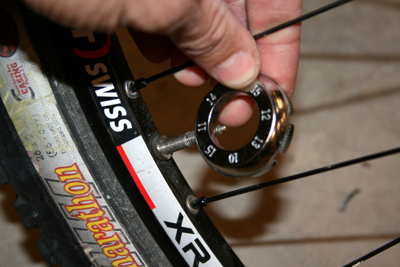 Stan/'s NoTubes Core Remover Tool