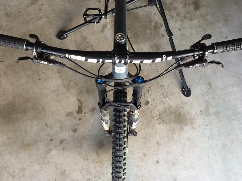 Hightower LT Build Log:  Big Boy Bike!-img_9930.jpg