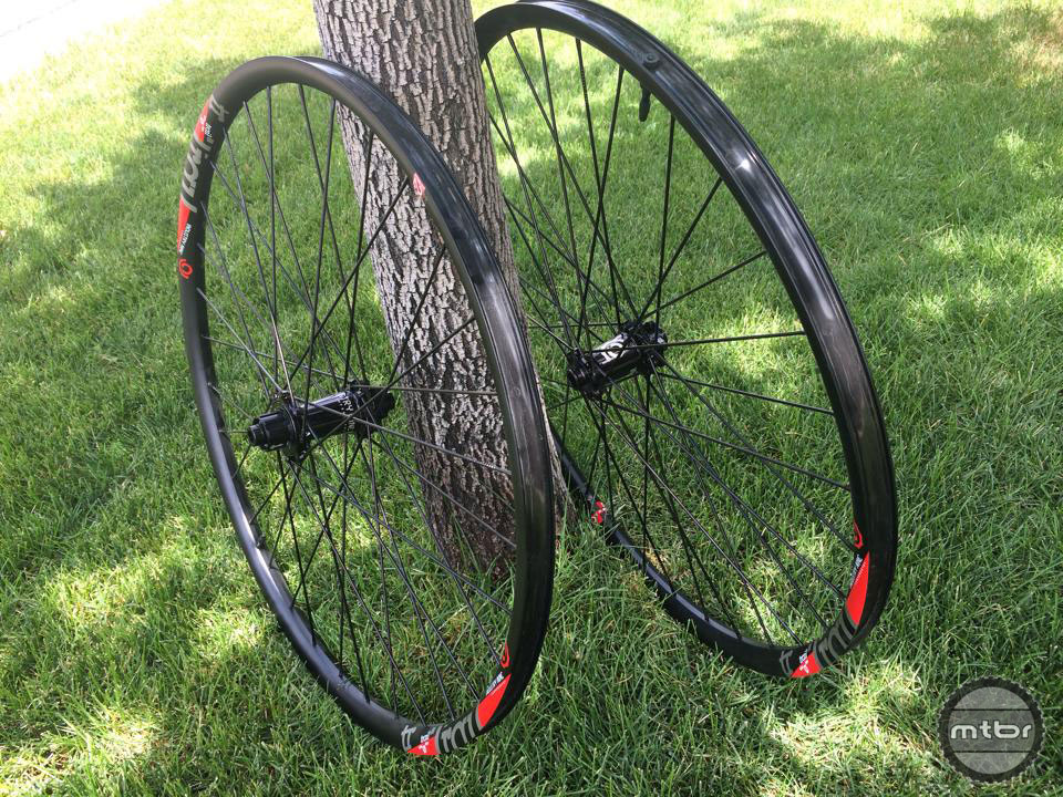 Trail 29 wheels come in either all black or a host of different anodized colors.