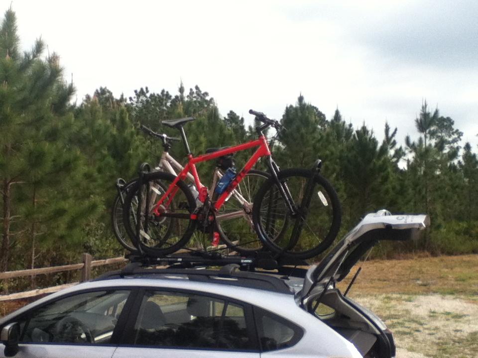 INNO Tire Hold, Subaru Imprezza Sport & ORS Racks-inno-subaru-20130414.jpg