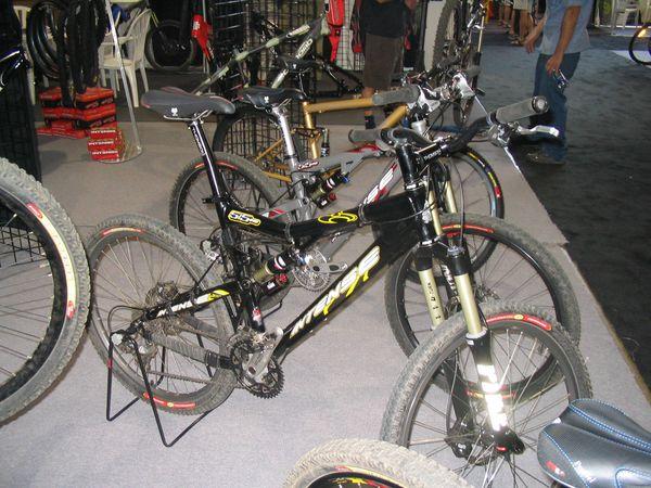 Pike on 2005 bikes at Toronto bike show- Mtbr com