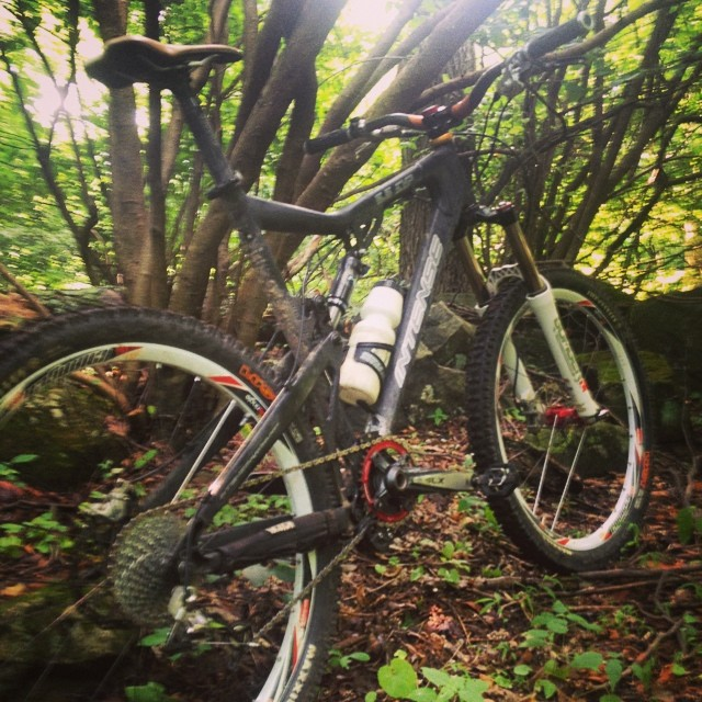 Show us a picture of your 26er MTB that you still use on the trails-intense.jpg