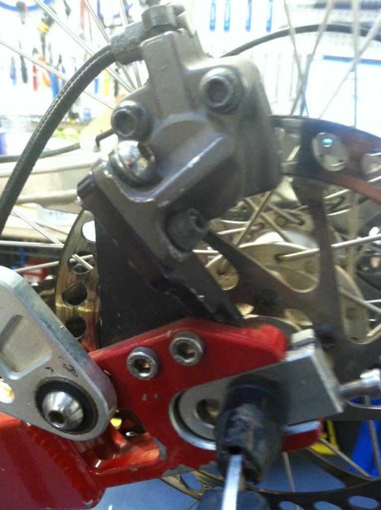 Brake Adaptor for 1999 Intense M1-intense-m1-2.jpg