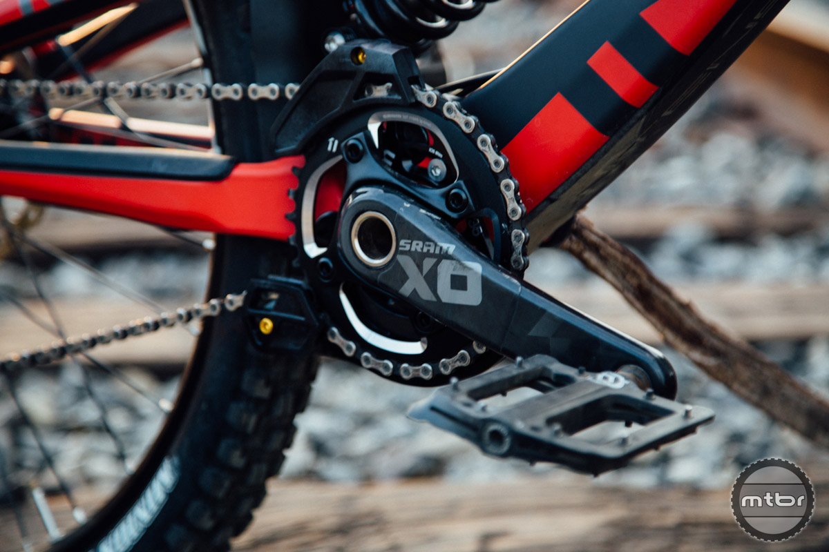 While Aaron Gwin has proven you can win a World Cup Race without a chain, we prefer the security of a chainguide.