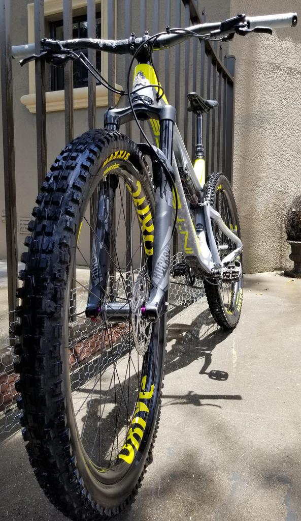 Oxive Carbon Rims and Wheels-intenseoxive2.jpg