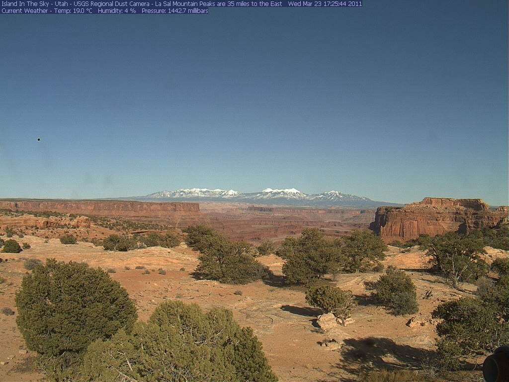 Canyonlands Web Cam (Island in the Sky)-isky-2011-03-23-172535.jpg
