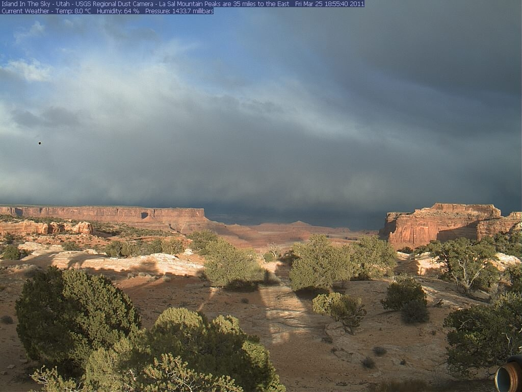 Canyonlands Web Cam (Island in the Sky)-isky-2011-03-25-185534.jpg