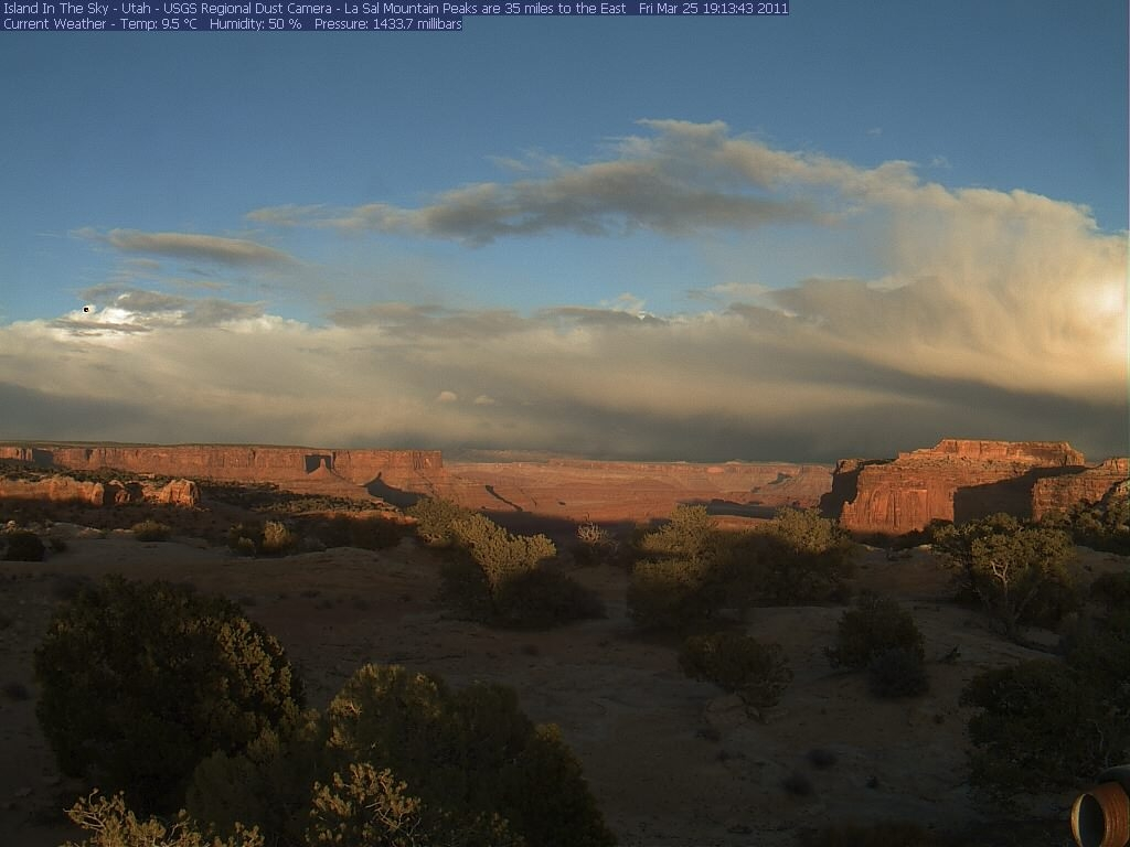 Canyonlands Web Cam (Island in the Sky)-isky-2011-03-25-191334.jpg