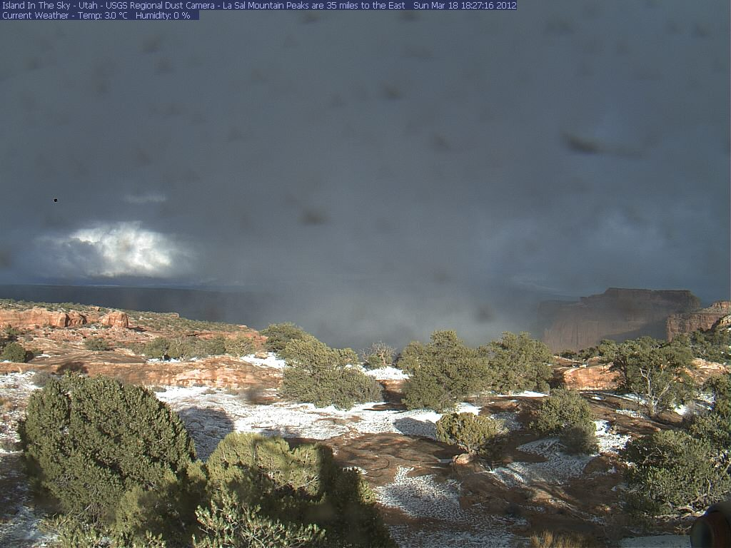 Canyonlands Web Cam (Island in the Sky)-isky-2012-03-18-182653.jpg