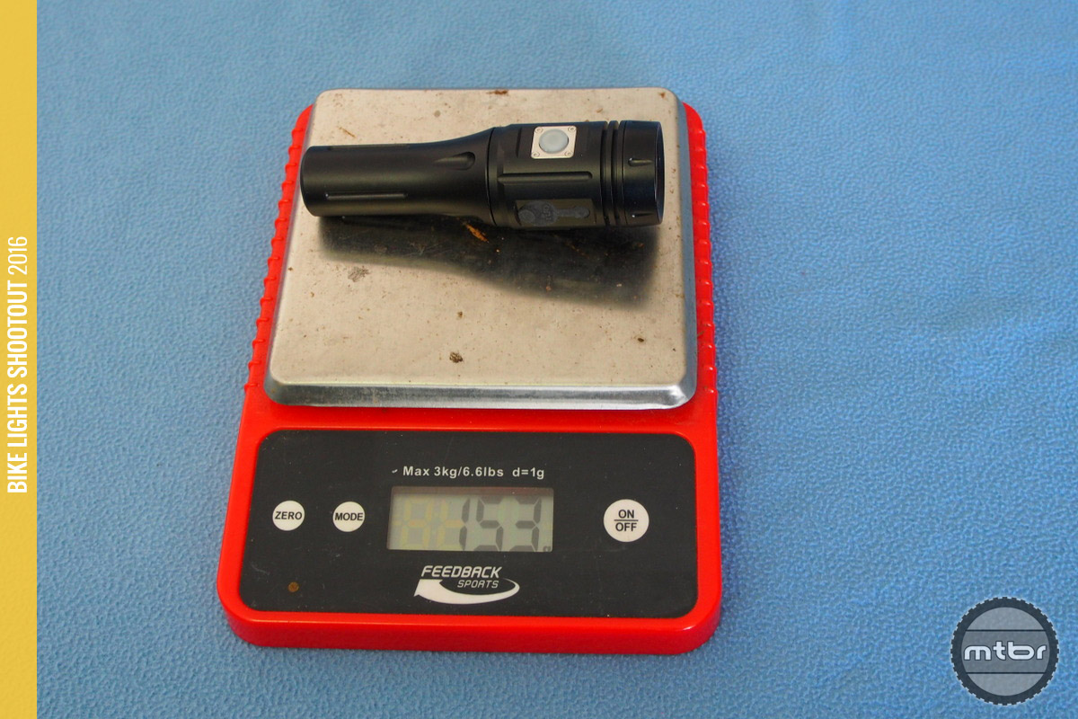 ITUO Wiz1 800 weight of 153 grams.