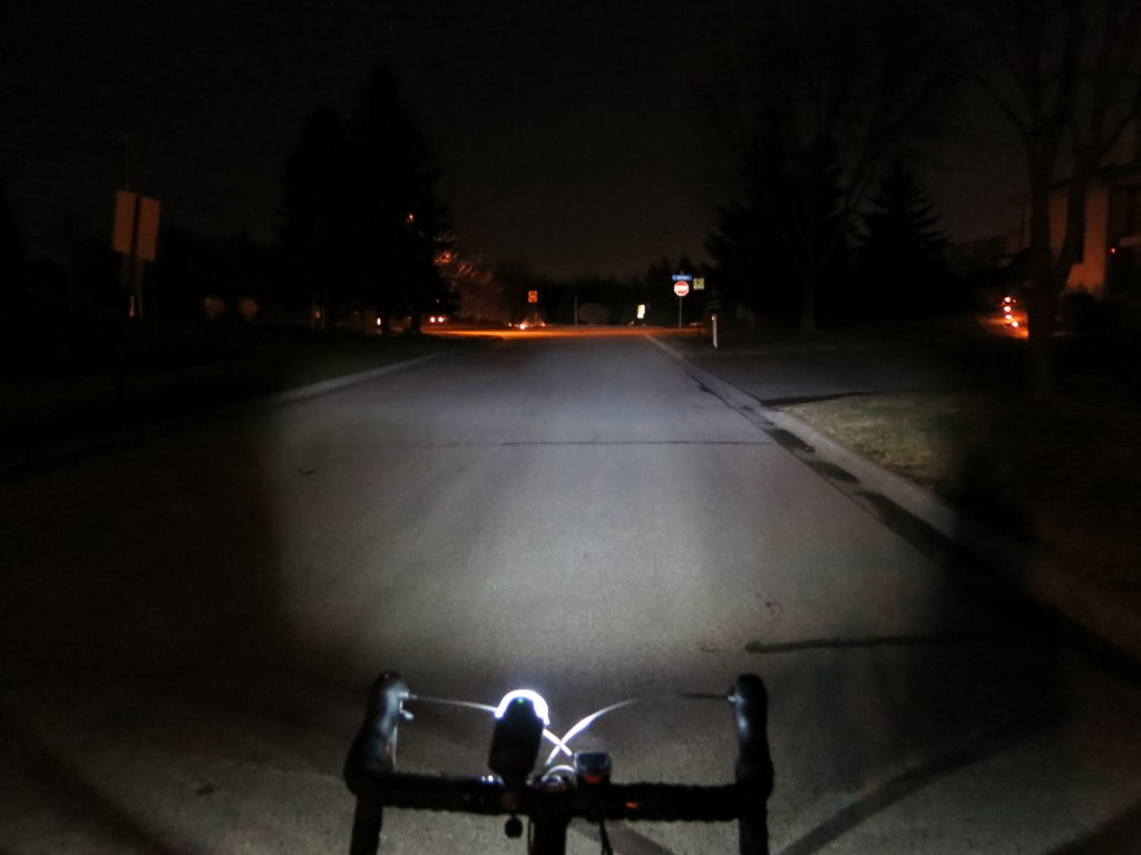 What lights are you using for your commute?-ixon_iq_premium_2.jpg