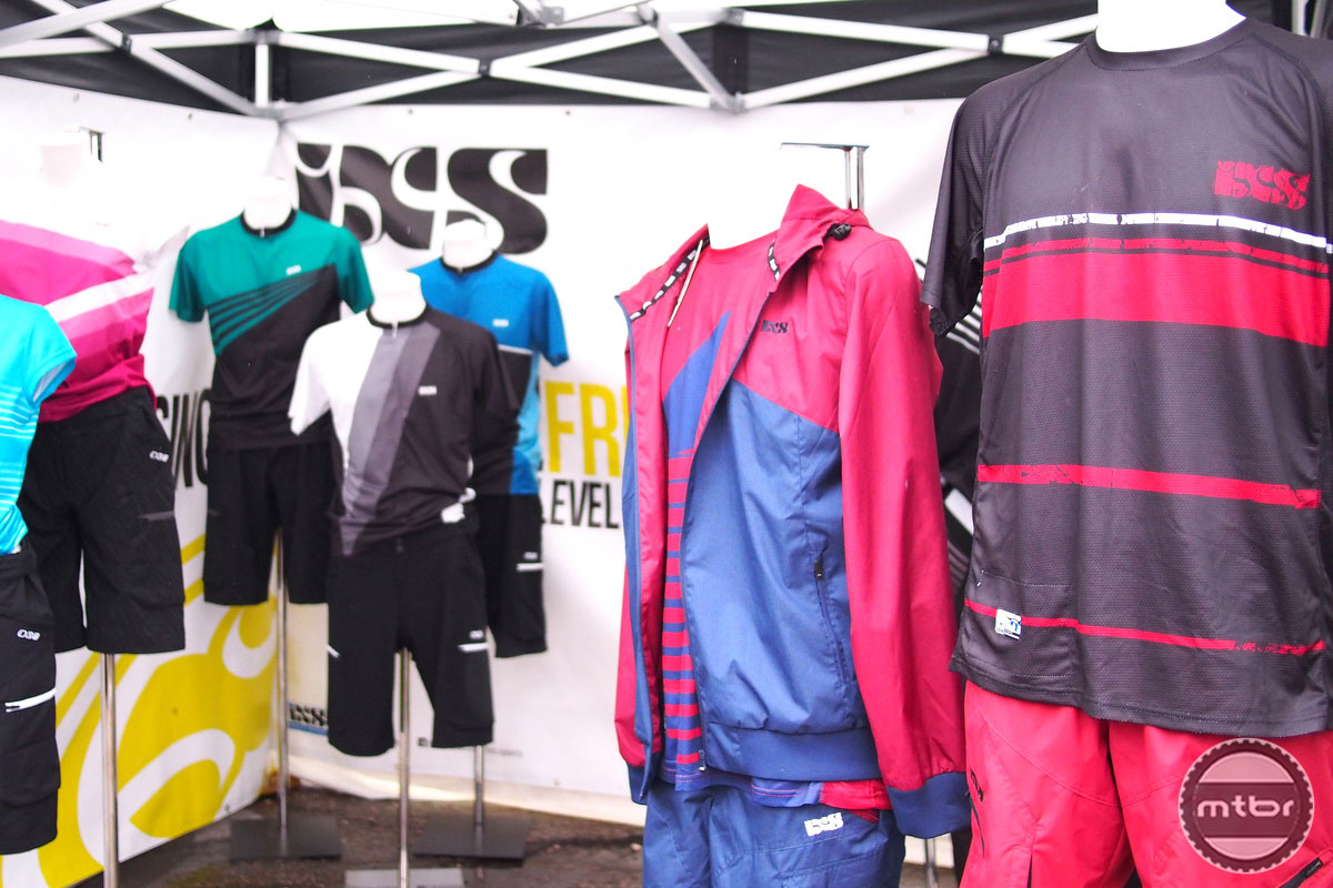 iXS Clothing