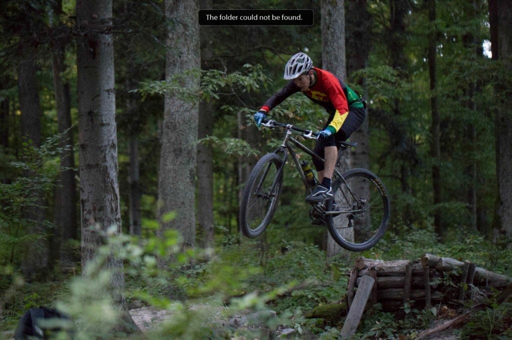 Action pics of Rigids on technical terrain-j-jump.jpg