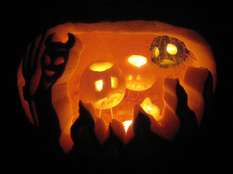 I wanna see some pumpkins for Halloween! (orange 1x1's)-jack-o-lantern-hell-plutor.jpg