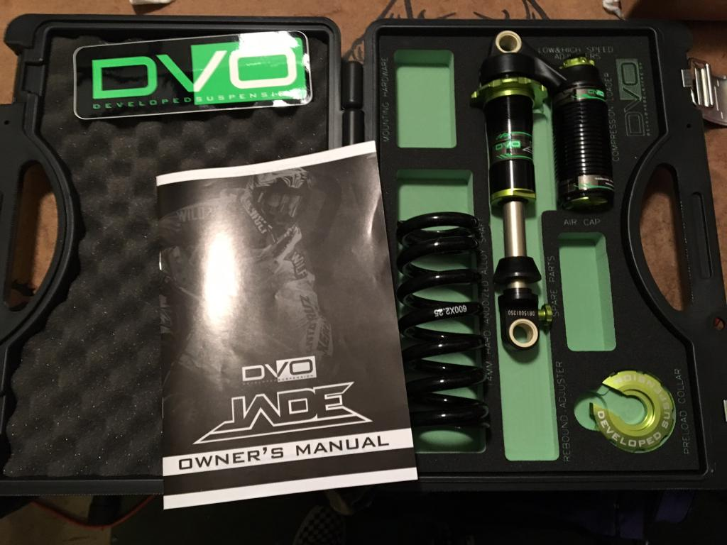DVO Jade Coil 7.875 x 2.25 with spring and X-Fusion Metric HLR-jade.jpg
