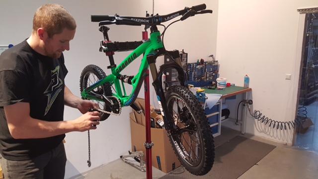 "Propain bikes -> Frechdax 16""/20"" full suspension for kids-jaden-frechdax.jpg"