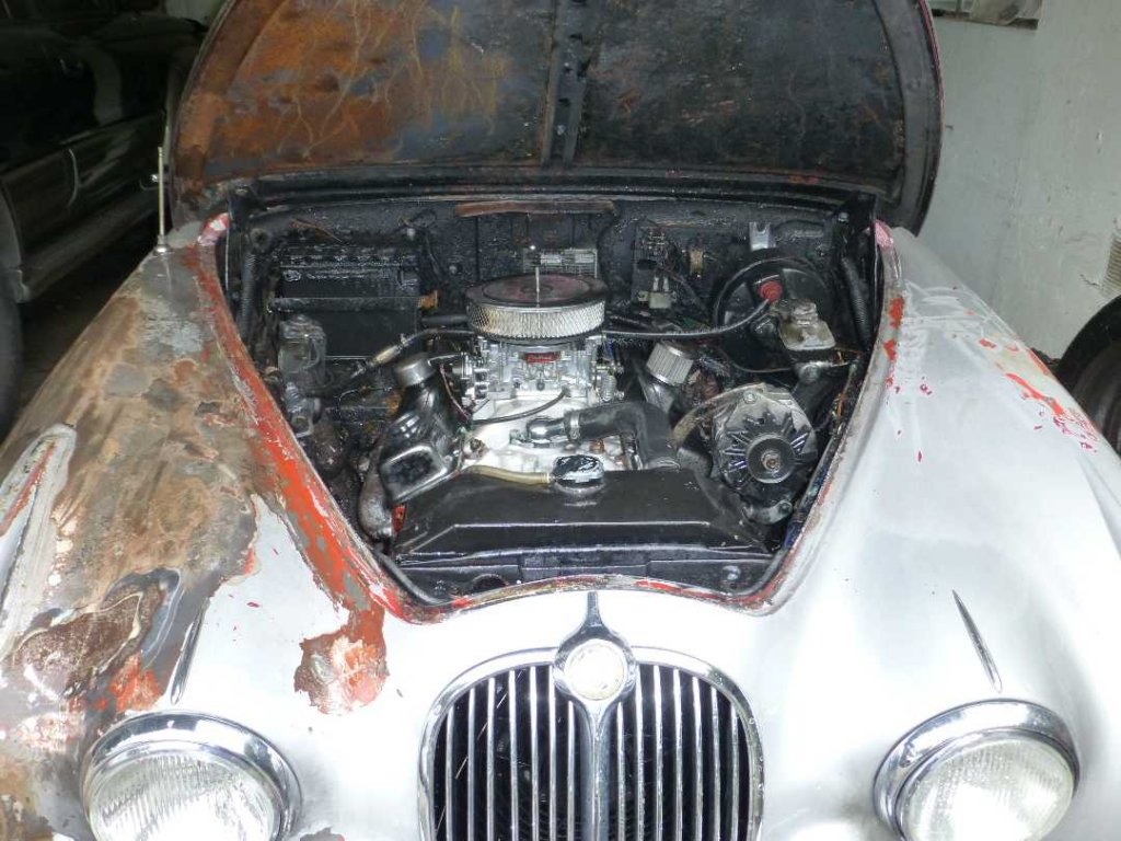 OT: VRC Picture Thread of Classic Cars-jag-engine-bay.jpg