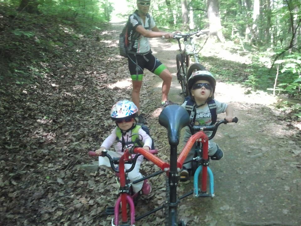 Kid's Mountain or Road Bike Ride Picture Thread-jahodna-twins-geo.jpg