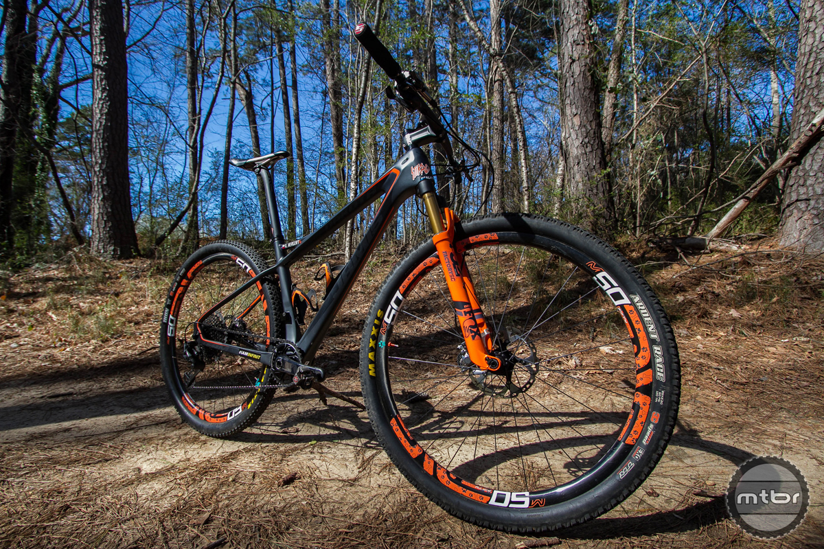 Jamis Dakota D29 XC Race Carbon Hardtail