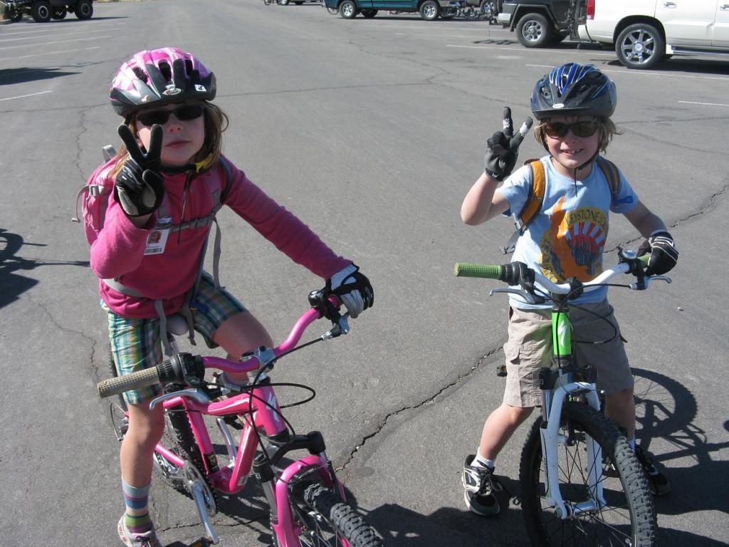 Kids on Slickrock-jane_-021.jpg