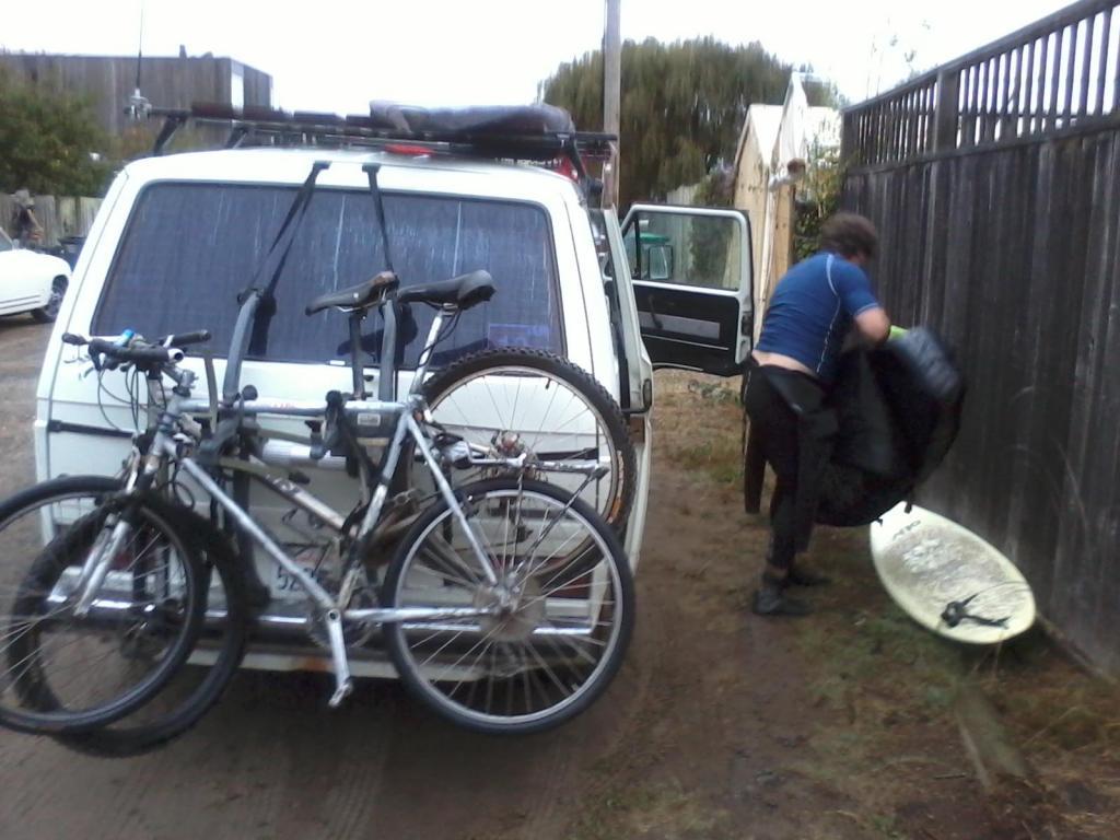 Post up your vans/mini-vans that haul your rigs-japanagon.jpg