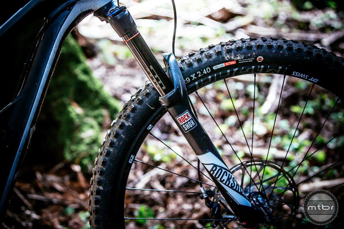 Fork Offset: 44mm. Photo by Ale Di Lullo