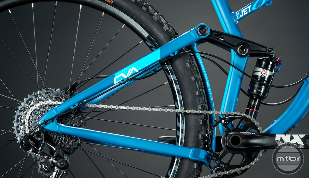 Features include a BSA threaded 73mm bottom bracket with ISCG 05 mounts.