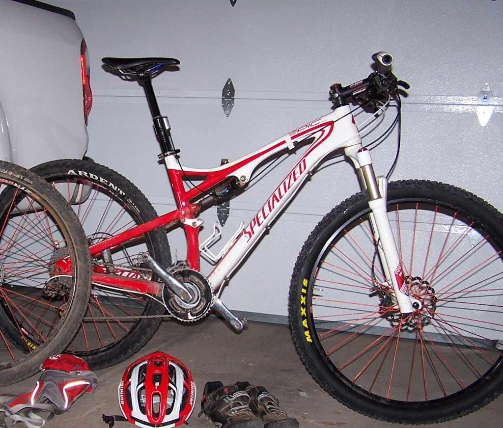 Specialized committment to customer svc and Epic Expert vs Epic S-Works frame weight-jim-mason-specialized-epic-industry-9-wheels-105_6463-cropped.jpg
