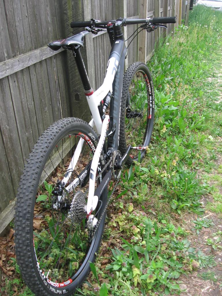 Post a pic of your Cannondale  29er-jlos-world-031.jpg