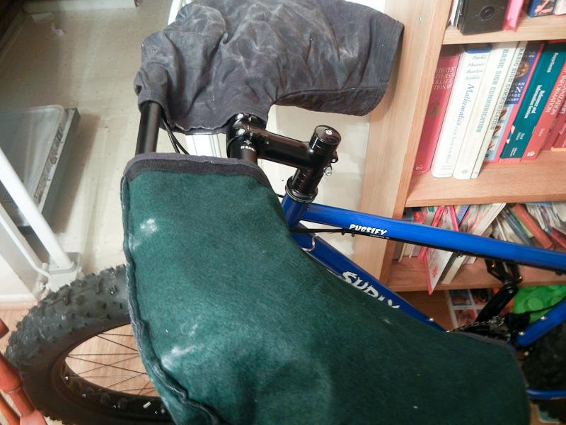 Wintertime riding - what gloves do you wear.-jogies-5.jpg