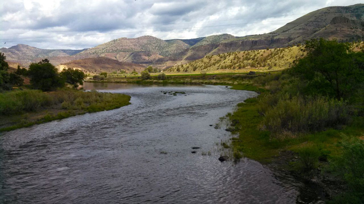 The Mitchell-Service Creek Loop ride crosses the John Day River twice.