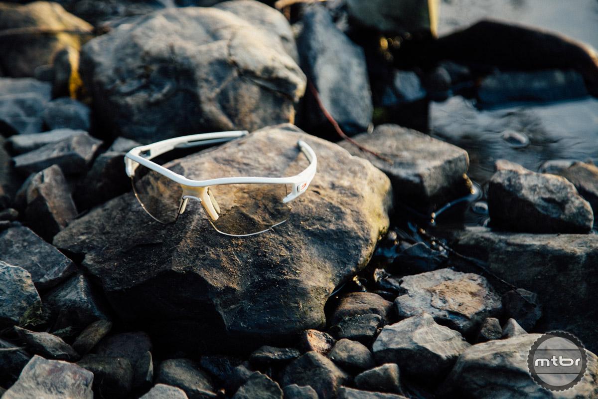 14d40a5b0d Julbo Aero sunglasses review- Mtbr.com