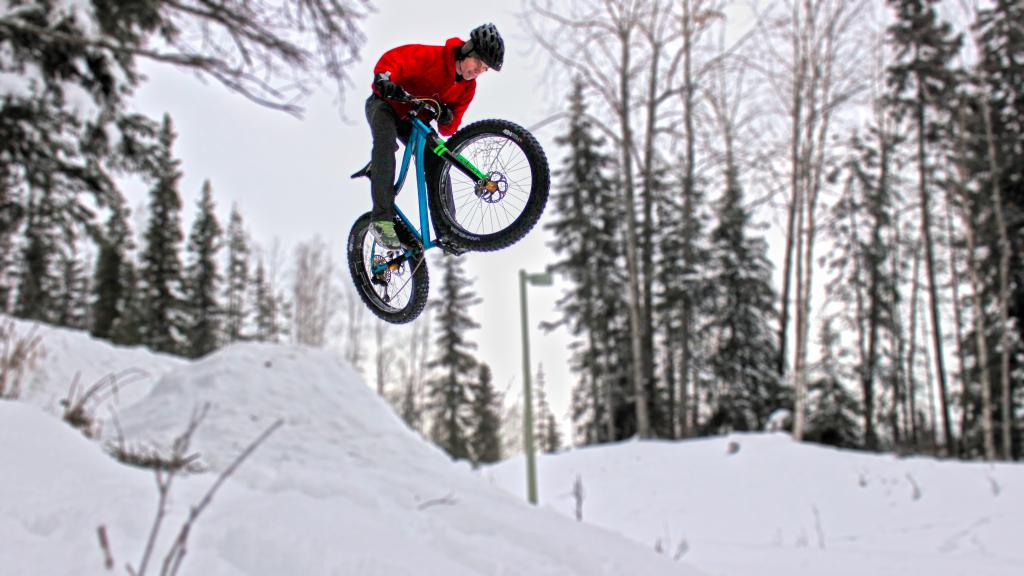 Fat Bike Air and Action Shots on Tech Terrain-jumpinhdr.jpg
