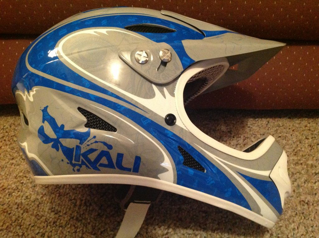 Full-face Helmets-kali-durgana.jpg