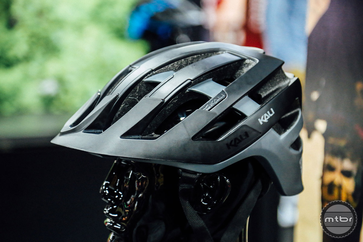 The Interceptor is Kali's new high-end enduro helmet. If features a bevy of new safety technologies, as well as an adjustable visor, accessory mounting system, BOA closure, and anti-microbial pads. It should ship by late winter next year. Retail is set at $180.