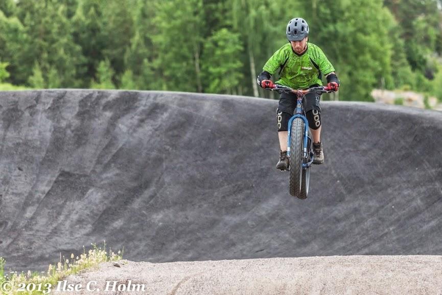 Fat Bike Air and Action Shots on Tech Terrain-ken-guru.jpg