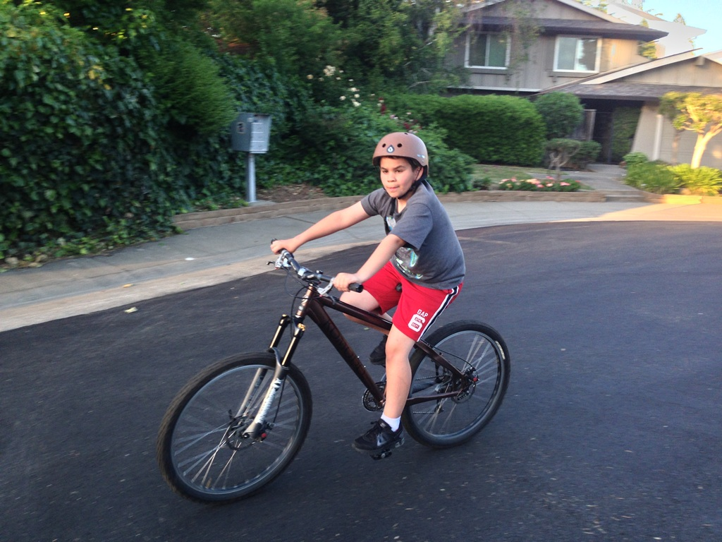 Would a 'dirt-jump' mountain bike fit a 12 year old 5'1-2 growing kid??-kidjumper1.jpg