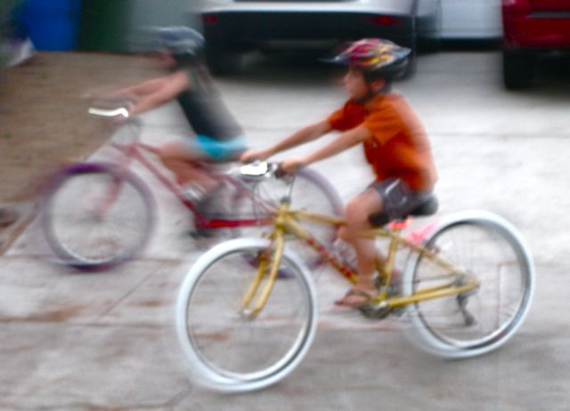 riding while wheeling a spare bike?-kids_2.jpg