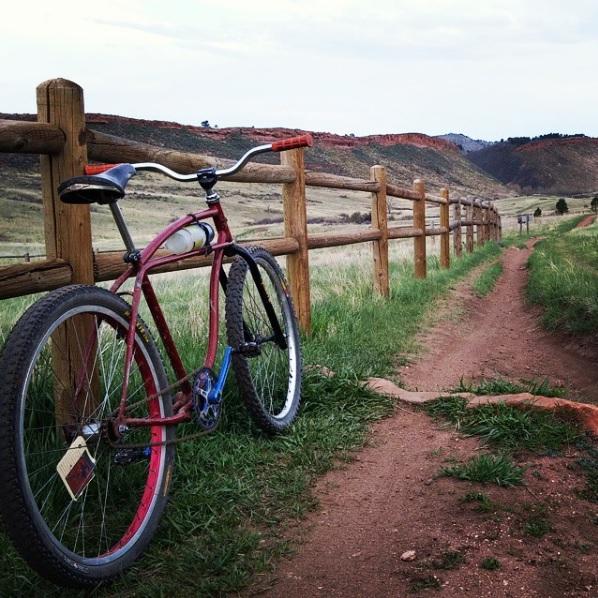Old riders, old bikes.-klunk.jpg