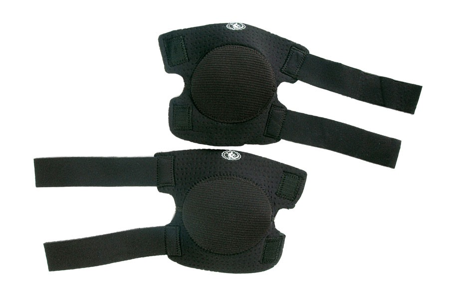 Knee pads that you don't have to take off shoes?-knee-guard-copy.jpg