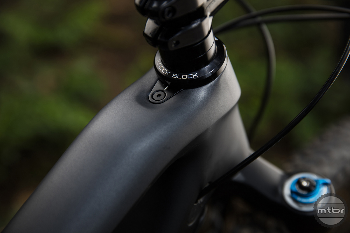 Knock Block system is a keyed headset that can be retrofitted to any other stem brand.