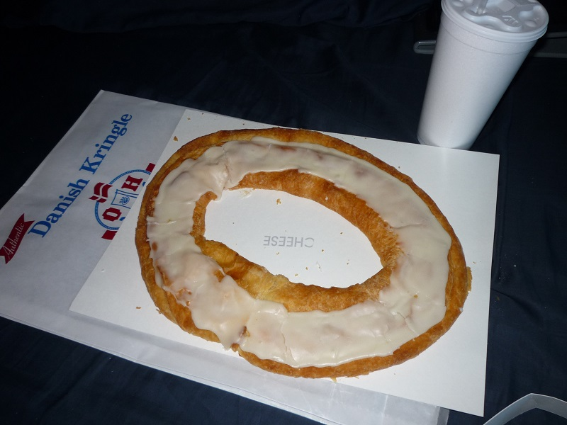 Of Decadent Desserts and Deserts thread...-kringle.jpg