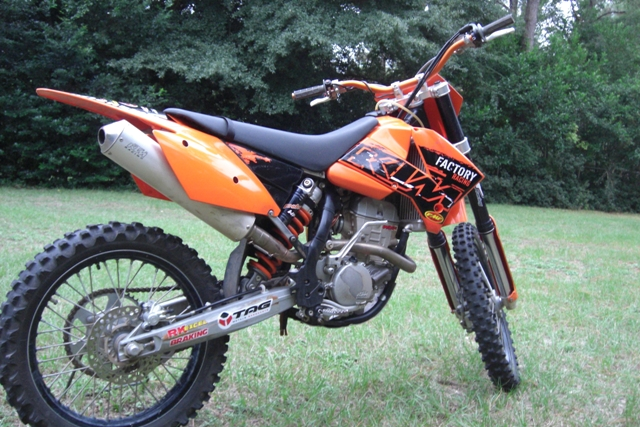 So you want to get a MOTO to train for DH racing on. Trail bike or Track Bike?-ktm.jpg