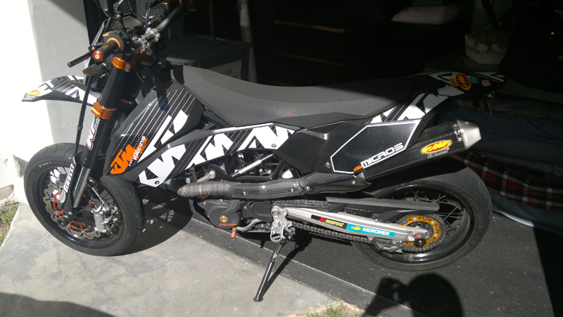 So you want to get a MOTO to train for DH racing on. Trail bike or Track Bike?-ktm-side.jpg