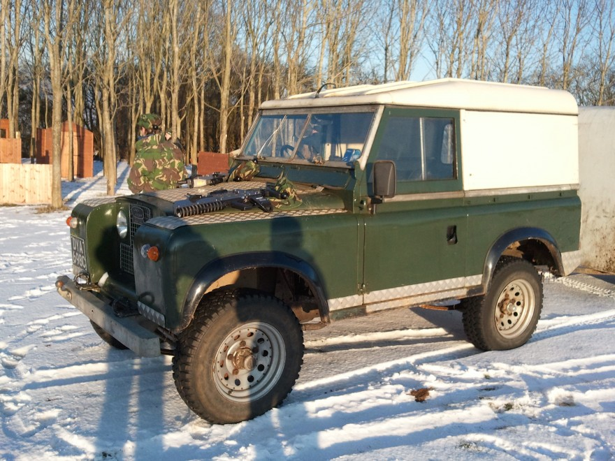 """""""Your Favorite Car Of Your Birth Year""""-land-rover.jpg"""