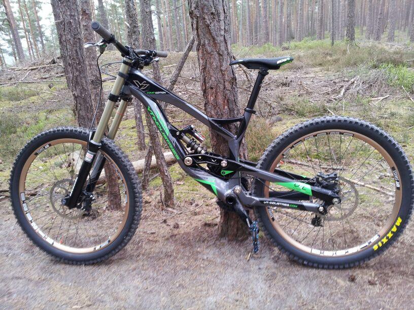 YT  DH Bike 12.12.12-large_img-20130423-wa0004.jpg