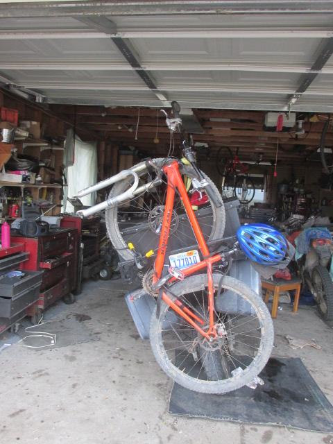 Motorcycle carrying mountain bike?-last-summer-hike-2014-002.jpg